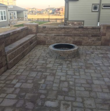 Patio – Fire Pit – Pavers